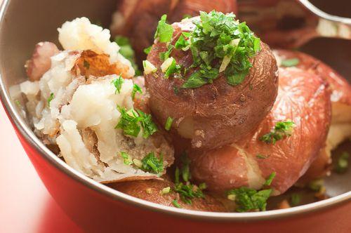 Crispy Roasted Potatoes with Garlic and Gremolata 2
